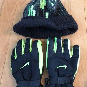 Nike Accessories - AMAZING Bundle Boys Gloves & Hats